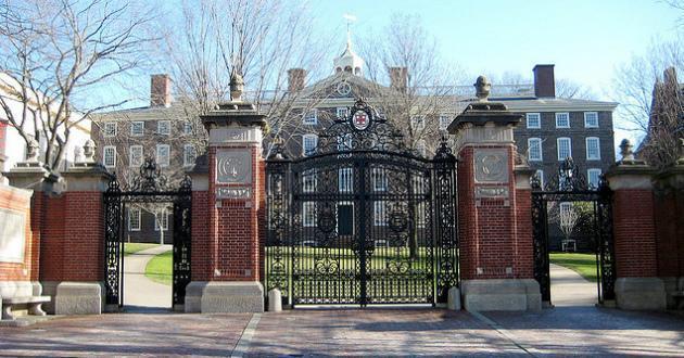 关於brown university 布朗大学