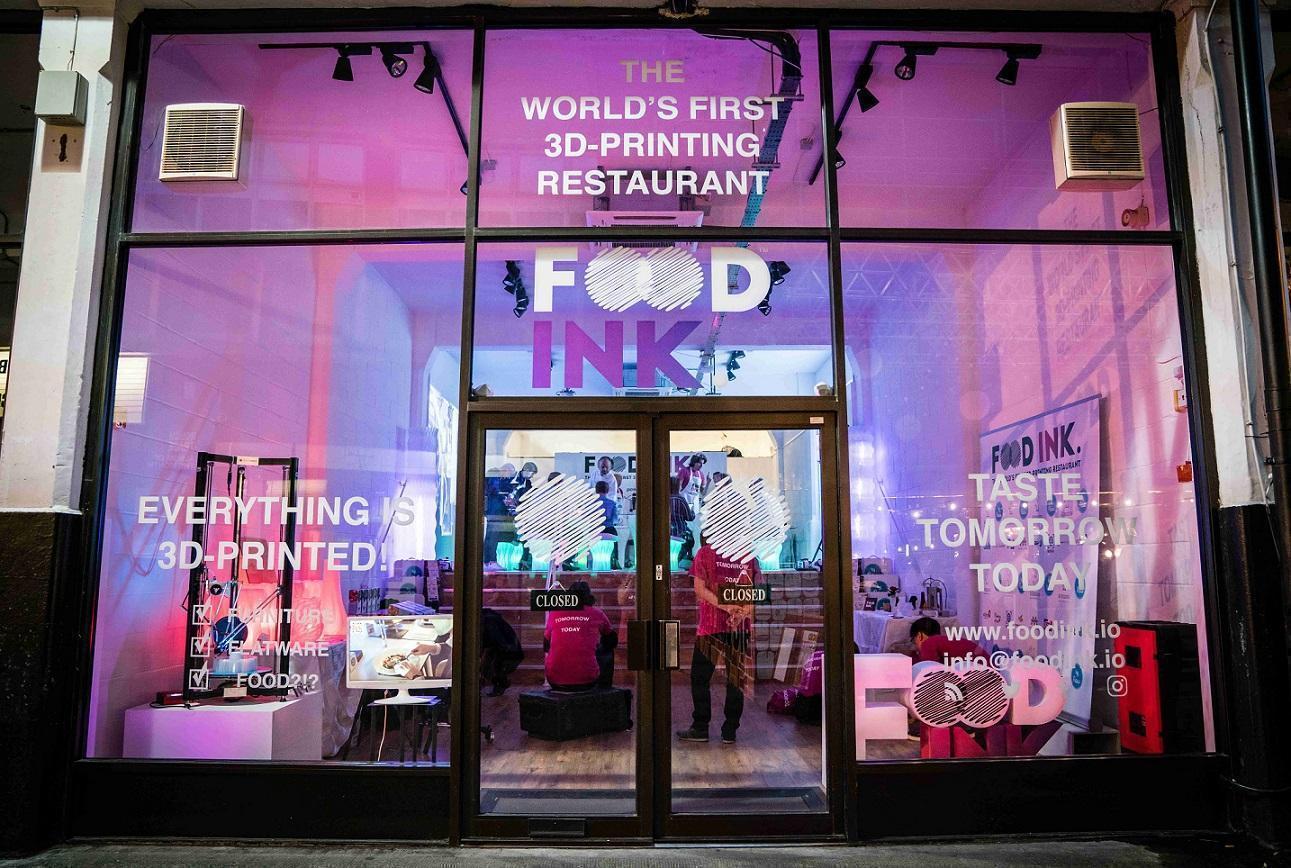 世界第一家3D列印餐廳在倫敦誕生了,由西敏寺大學講師的團隊FOODINK設計經營